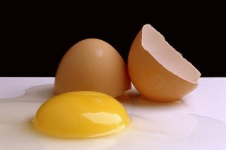 trị tàn nhang tận gốc bằng phương pháp tự nhiên với trứng gà
